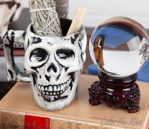 Cape Cod Antiqued Skull Mug